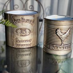Tin Can Crafts, Crafts To Sell, Aluminum Foil Crafts, Tin Can Art, Jar Art, 5 Minute Crafts Videos, Tennessee Whiskey, Space Crafts, Craft Space