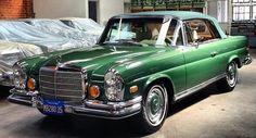 Best classic cars and more! Mercedes Benz Sports Car, Mercedes Benz Coupe, Mercedes 280, Mercedes Benz Cars, Bmw Classic Cars, Classic Mercedes, Classic Sports Cars, Merc Benz, Fiat Cars