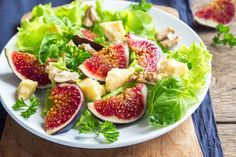 The Top 10 Fig Leaf Health Benefits Health Benefits Of Figs, Fig Leaves, Drying Herbs, Cobb Salad, Herbalism, Recipes, Food, Herbal Medicine, Essen