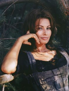 "more than a miracle | Sophia Loren during the filming of ""More Than a Miracle"" with Omar ..."