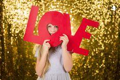 Valentín 2017  Už čoskoro je tu Valentín. Čas pre všetkých ktorí ľúbia. A preto Valentínske fotenie je to pravé pre Vás. Pripravili sme pr