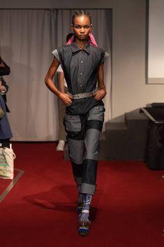 Symonds Pearmain Spring 2020 Ready-to-Wear Fashion Show - Vogue Catwalk Fashion, Fashion 2017, Fashion Trends, London Fashion, Vogue Paris, Backstage, Singer Fashion, Vogue Mexico, Vogue Russia