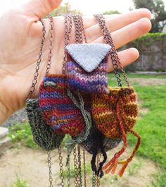 Knitted Amulet Pouch Necklace by FiberBeing on Etsy Diy Crochet And Knitting, Freeform Crochet, Cute Crochet, Crochet Designs, Crochet Patterns, Victorian Quilts, Halloween Crochet, Quilted Bag, Crochet Projects