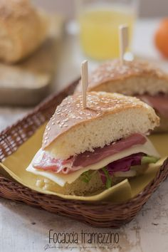 sandwich fillet resin liqueur to make sandwiches and snacks. Procedure with and without Bimby Italian Antipasto, Panini, Sandwiches, Snacks, Burgers, Resin, Food, Roll Up Sandwiches, Tapas Food