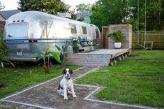 Renovated 1979 Airstream installed in a New Orleans backyard is a sight to behold. click for more pics!