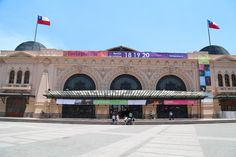 El fin de semana recién pasado se realizó una nueva versión de la Feria Pulsar en la ya tradicional Estación Mapocho. Uno de los primeros cambios que se pudo ver -y que se agradece mucho- fue la eliminación del escenario principal que, en años anteriores, se ubicaba dentro del recinto, junto a todos los puestos …