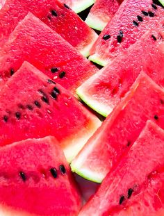 Trozos de Sandía o Patilla de nuestras zonas cálidas Colorful Fruit, Red Fruit, Fruit And Veg, Fruits And Vegetables, Guava Fruit, Watermelon Jam, Watermelon Smoothies, Delicious Fruit, Yummy Food