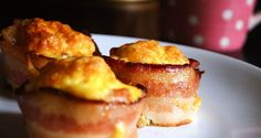 bacon and eggs in a cupcake. so easy and yummy. First arrange one piece of uncooked bacon in a muffin cup. The add the eggs. You can scramble the eggs first or just crack them straight into the bacon (Savory Muffin Egg Cups) Breakfast And Brunch, Breakfast Cups, Low Carb Breakfast, Breakfast Recipes, Breakfast Cupcakes, Brunch Food, Morning Breakfast, Bacon Egg Cups, Egg Muffin Cups