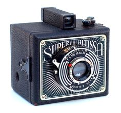 1938 Super Altissa box camera  Note: cekrik e itu .. a magic attraction for me.