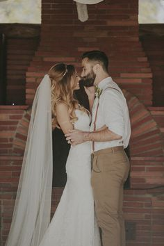 Congratulations to the happy couple! Haliy looked beautiful in the Lanai backless wedding dress by Katie May. It was the perfect dress for her outdoors scenic wedding.
