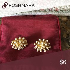 Earrings Pristine condition Accessories