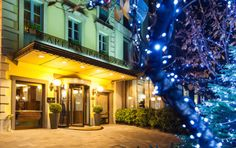 Christmas in Milan - The Carlton Hotel Baglioni, is your perfect choice to enjoy the magical Christmas atmosphere in Italy's capital of fashion. With its unique position that directly overlooks Via della Spiga, the most celebrated shopping street in the city, will offer you an unforgettable Christmas.