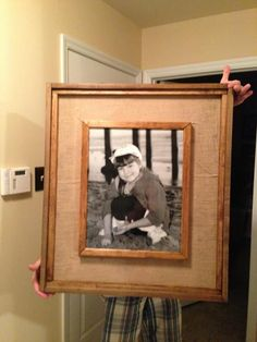 17 Awesome DIY Rustic Photo Frames