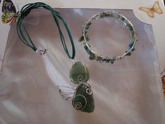 Necklace and bracelet with natural stones - aventurine and agates
