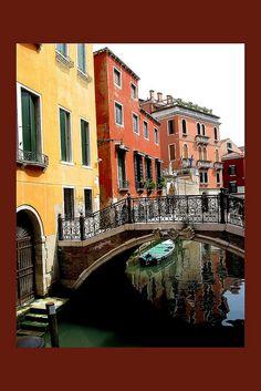 #GONDOLARIDE #BUCKETLIST http://www.travelandtransitions.com/destinations/destination-advice/europe/venice-italy-gondolas-canals-blown-glass-and-the-venice-carnival/