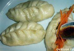 ПИГОДИ (паровые пирожки) / Простые рецепты. Все-равно будет вкусно, необычно. Попробуйте. ВОЗМОЖЕН ПОСТНЫЙ ВАРИАНТ!    Тесто.   Мука - 600 г.   Вода - 350 г.   Дрожжи сухие - 1 ст.ложка   Масло сливочное - 20 г.   Сахар - 1 ч. ложка   Соль 0,5 ч. ложки   Начинка.   Капуста белокочанная - 0,5 кг   Мясо свинина(курица, индейка) - 0,5 кг   Лук репчатый - 1 крупная головка   Семена кориандра - 1 ст. ложка   Перец черный, соль - по вкусу.   Масло растительное - 3-4 ст. ложки