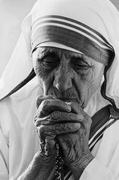 Madre Teresa, Pray for us...
