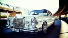 Mercedes-Benz Reflects Appreciation for German Engineering Mercedes Benz Amg, Old Mercedes, M Benz, Classic Mercedes, Benz Car, Custom Mercedes, Mercedez Benz, Belle Photo, Cool Cars