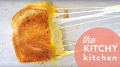 GRILLED CHEESE 9 WAYS // KITCHY HACK - The Kitchy Kitchen by @kitchykitchen