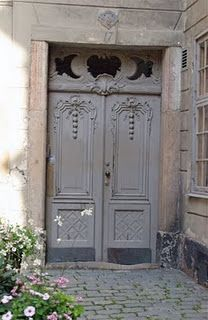 Door with such soothing color