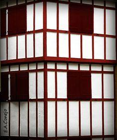 122- abrir puertas y ventanas F 1.2 MIRADES