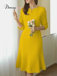 Spring Elegant Dresses has never been so Top! Since the beginning of the year many girls were looking for our Lovely guide and it is finally got released. Now It Is Time To Take Action! Simple Dresses, Elegant Dresses, Pretty Dresses, Beautiful Dresses, Casual Dresses, Short Dresses, Dresses Dresses, Dance Dresses, Dresses Online
