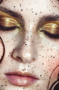 Gold Makeup - Freckles - Macro photography - Fashion