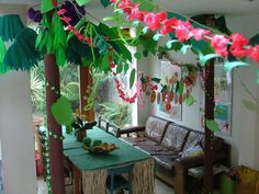 jungle-party-table.jpg 600×450 pixels