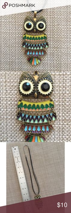 Jointed Retro Look Colorful Owl Pendant Necklace This fun necklace has never been worn. This colorful owl is jointed for movement. She's very retro looking, but she was made in 2013-2014. She's ready for a new home, where she can shake her tail feathers. Love owls? I have about 30 I'll be parting with. Bundle your favorites, and I'll shoot you my lowest price. Happy Poshing! Jewelry Necklaces
