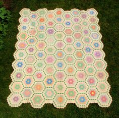 Antique patchwork quilt Grandmothers flower garden American