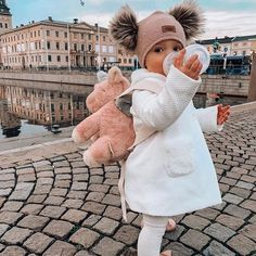 baby girl fashion Cute Leave Your Comment. Tag Your Besties - Creativesposts So Cute Baby, Cute Baby Clothes, Cute Babies, Babies Clothes, Fashion Kids, Baby Girl Fashion, Classy Fashion, Pink Fashion, Fashion Fashion