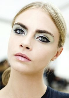 Silver digger. Chanel Spring 2013