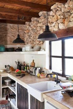 A beautiful holiday home in an old barn in Ibiza: interior inspiration! Have a look at the gorgeous and unique holiday home in Ibiza. Rustic Apartment Decor, Rustic Decor, Farmhouse Kitchen Cabinets, Kitchen Dining, Kitchen Counters, Kitchen Sink, Dining Room, Home Addition Plans, Casa Cook
