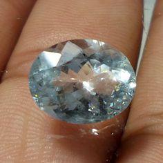 12.7x10 MM Natural Lustrous GOOD QUALITY Aquamarine 4.7 Cts Oval Cut Gemstone…
