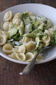 creamy zucchini orechiette: olive oil, shallot, garlic, zucchini, salt, basil, cream, lemon, pepper, orechiette, parmesan.