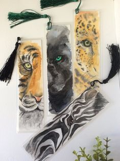 Watercolor bookmarks Watercolor painting Wild life animals Gifts for readers Book lovers gift Nature lovers gifts FREE ORDINARY SHIPPING! These wonderful wild animals bookmarks are handpainted with watercolor and each one is a one. Watercolor Bookmarks, Watercolor Paintings, Original Paintings, Watercolour, Creative Bookmarks, Diy Bookmarks, Gifts For Nature Lovers, Book Lovers Gifts, Bookmark Craft