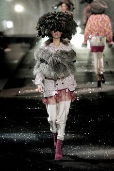 John Galliano at Paris Fashion Week Fall 2010 - Runway Photos