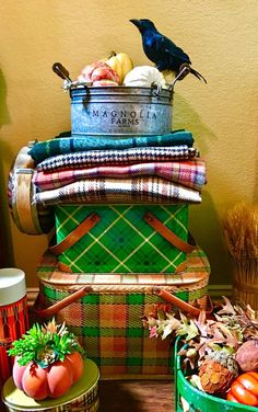 Fall vignette with plaid blankets and vintage picnic baskets Fall Vignettes, Vintage Vignettes, Vintage Display, Vintage Picnic Basket, Picnic Baskets, Vintage Fall Decor, Fall Plaid, Tartan Plaid, Fall Table Settings