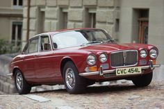 Jaguar XJ6 Series 1 - an absolute stunner with just the right amount of chrome for me