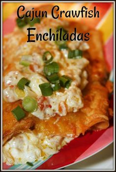 Cajun Crawfish Enchiladas - a rich and delicious Cajun inspired meal! We love eating Crawfish Boils here in Louisiana but we always have leftovers! I made these delicious Cajun Crawfish Enchiladas to use up our leftover crawfish tails. Crawfish Tails Recipe, Crawfish Recipes, Cajun Recipes, Seafood Recipes, Mexican Food Recipes, Cooking Recipes, Crawfish Enchiladas Recipe, Haitian Recipes, Donut Recipes