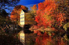 Mill River in Hatfield, Massachusetts