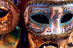 mask of music