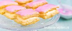 When the milk desserts are eaten, it is neither possible because of the taste . Dutch Recipes, Sweet Recipes, Netherlands Food, High Tea Food, Delicious Desserts, Dessert Recipes, Milk Dessert, Snacks, Four
