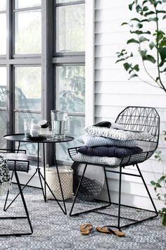 Draadstoelen, grafisch maar subtiel
