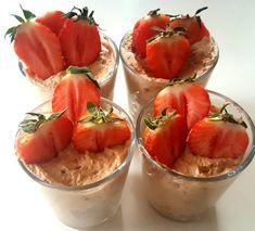 Desserter – matfrabunnenfb.blogg.no Pudding Desserts, Acai Bowl, Crockpot, Deserts, Food And Drink, Cooking Recipes, Fruit, Puddings, Breakfast