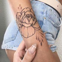 #OficialTattoos Artista: 💉 @ Sigam nossos outros perfis: @oficialtattoos @piercingsparadise @tattoosnapele…