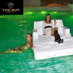 Luxury outdoor and floating furniture made in Italy by TRONA. www.trona.it #luxury #pool #outdoors #furniture #madeinitaly #quality #interior #interiordesign #vip #losangeles #lasvegas #mgm #mgmgrand #whotel #luxo #wynn #poolparty #wetrepublic #aria #beachclub #picoftheday #cool #california #italy by ls_group_usa