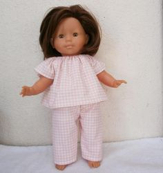 Pyjama pour Ma Poupée Corolle Pyjamas, Vichy Rose, Rose Pastel, Diy Fashion, Doll Clothes, Flower Girl Dresses, Dolls, Wedding Dresses, Sleepy Eyes