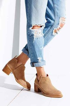 Jeffrey Campbell Fontana Ankle Boot - Urban Outfitters