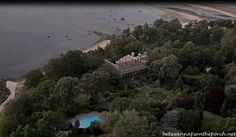Sabrina remake) Movie House: Tour the Glen Cove, Long Island Estate. What a gorgeous property. Glen Cove Mansion, Romantic Comedy Movies, Adventure Movies, Celebrity Houses, Filming Locations, Gold Coast, Long Island, Aerial View, Tours